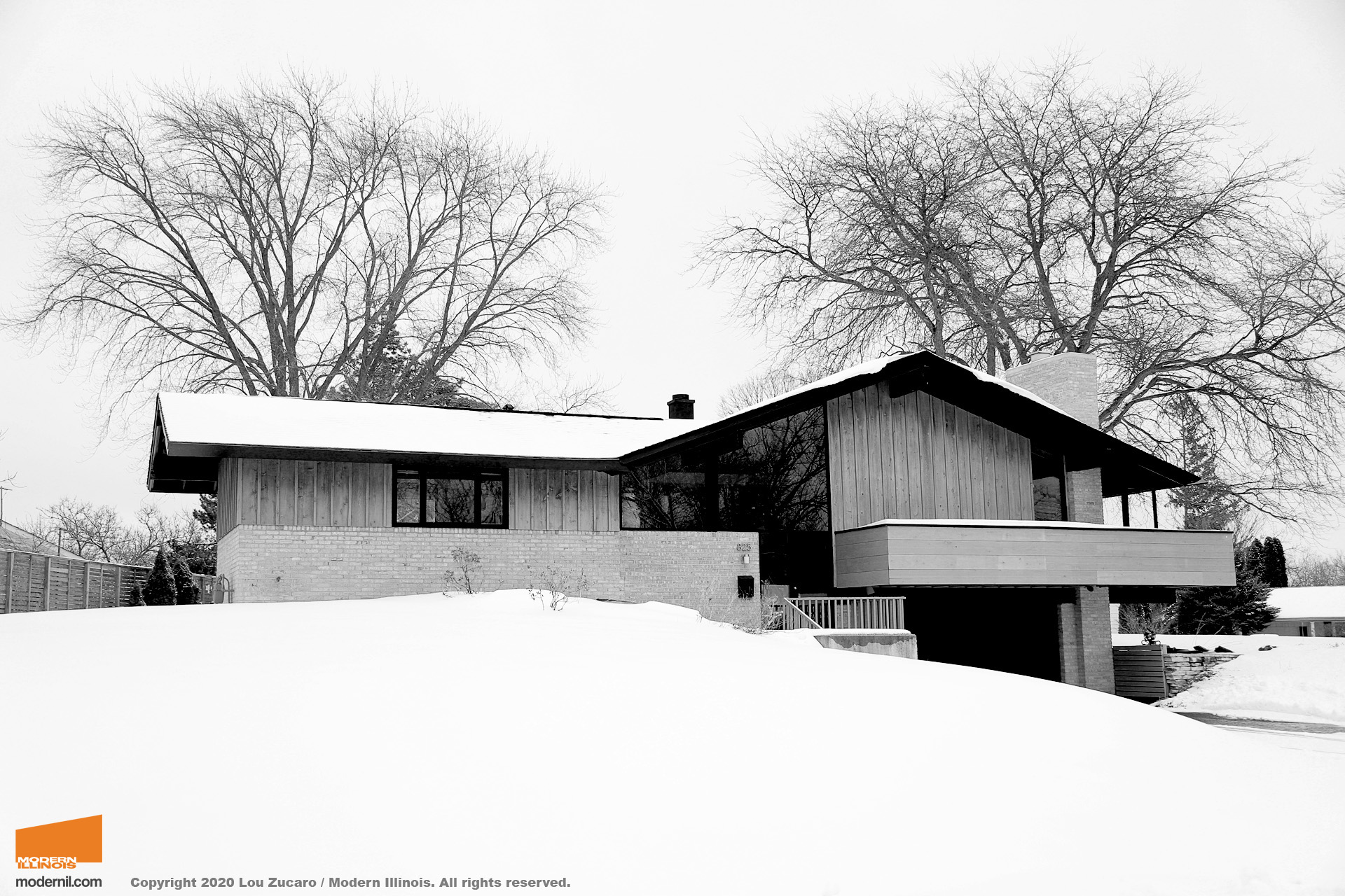Architect: Edward Dart. @ Copyright 2020 Lou Zucaro / Modern Illinois. All rights reserved. modernil.com