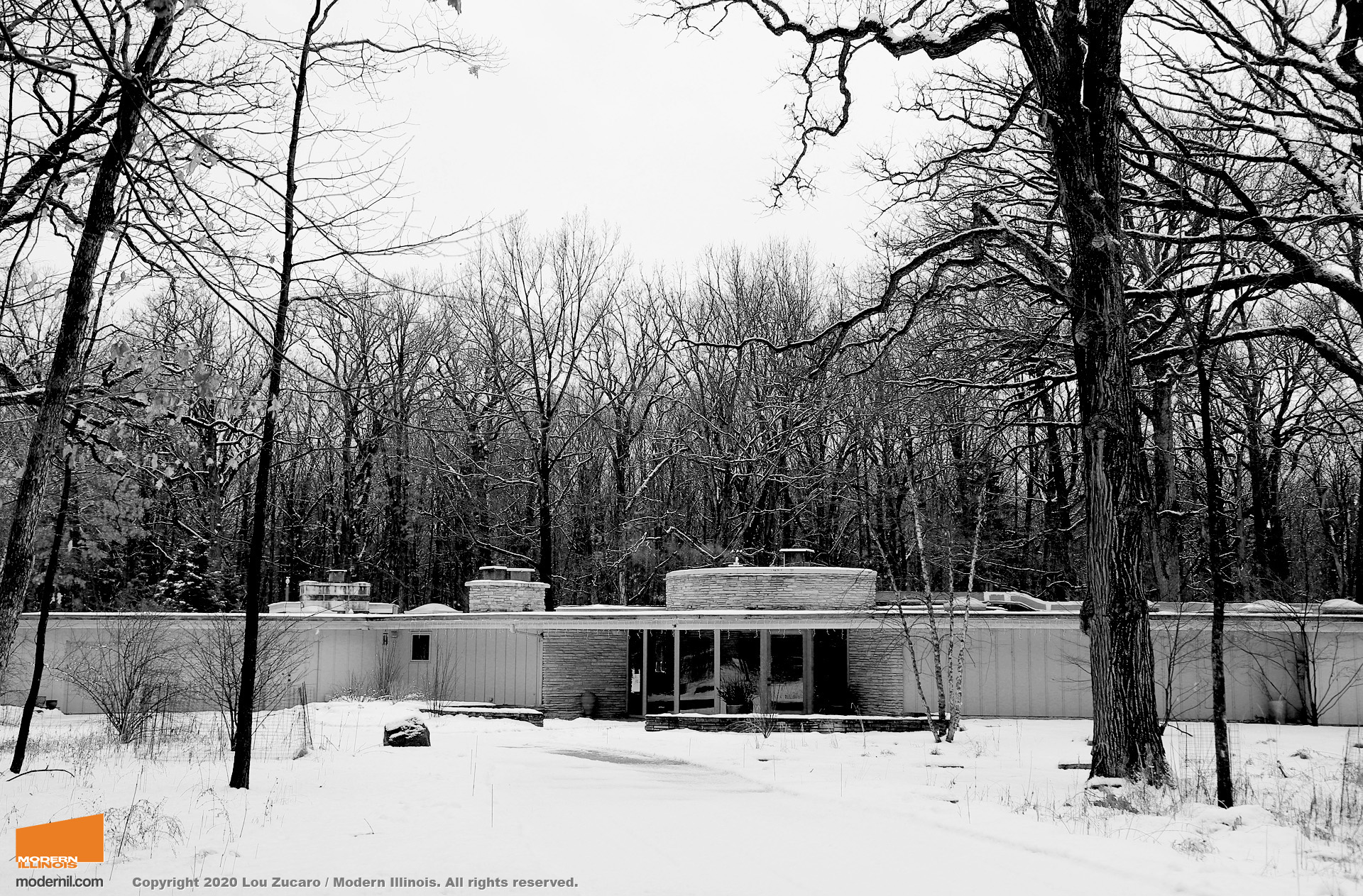 Architect: Edward Humrich. @ Copyright 2020 Lou Zucaro / Modern Illinois. All rights reserved. modernil.com