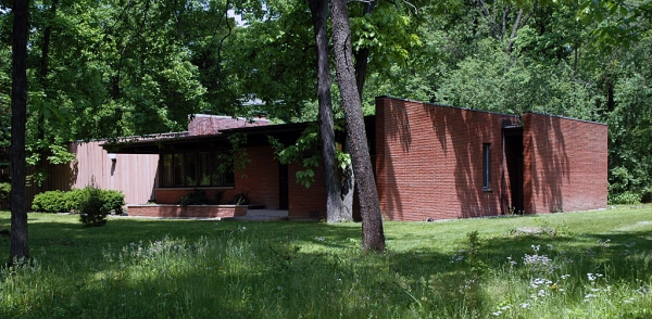 Mid-century ranch in Long Grove by architect Richard J. Stromberg
