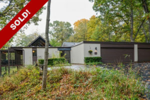 SOLD! Dennis Blair Hillside Ranch with Courtyard Theater in North Barrington!