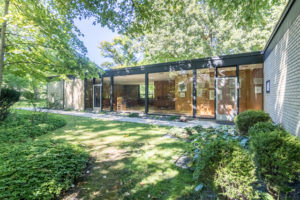 Brick, Glass & Steel Ranch by A. James Speyer in Highland Park!