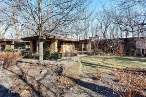 Spectacular, Sprawling Mid-Century Ranch by Richard Barancik in Glenview!