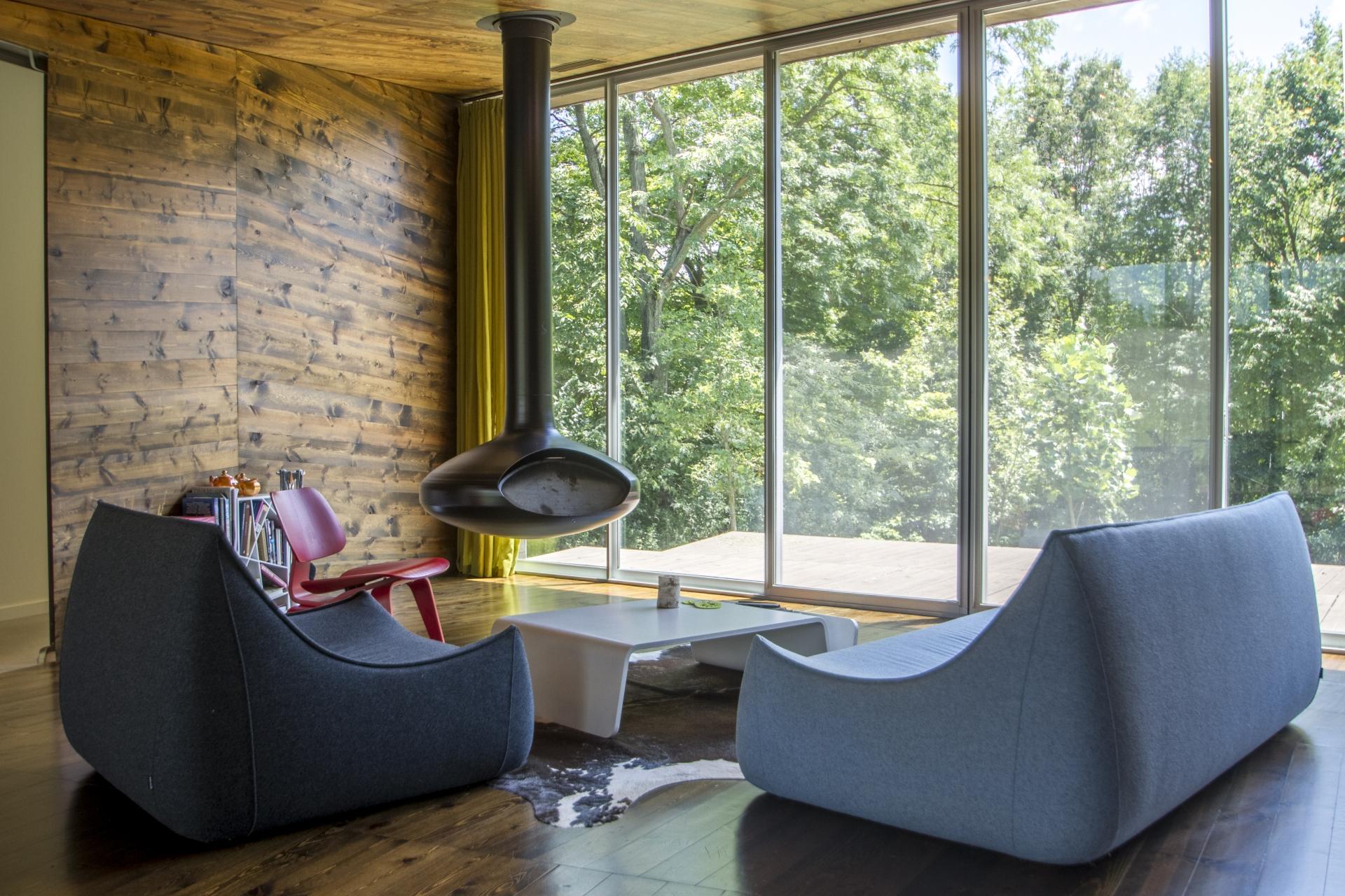 Custom Modern Home in Hennepin