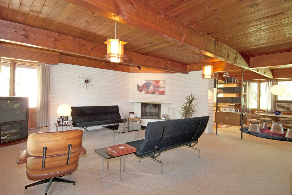 3461 W Mardan Drive, Long Grove - Living Room