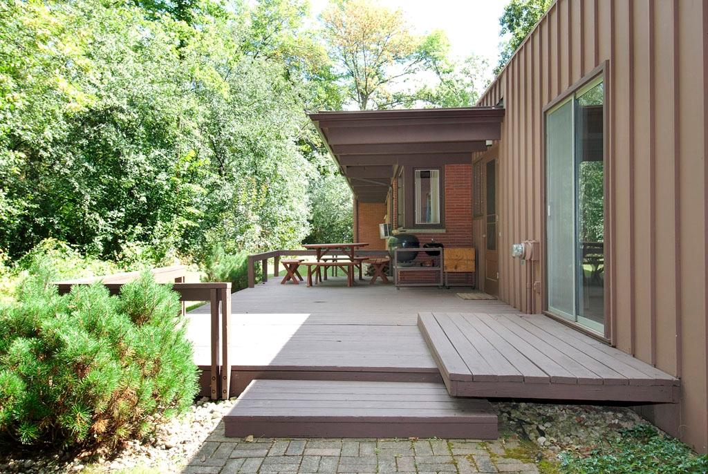 3461 W Mardan Drive, Long Grove - Deck