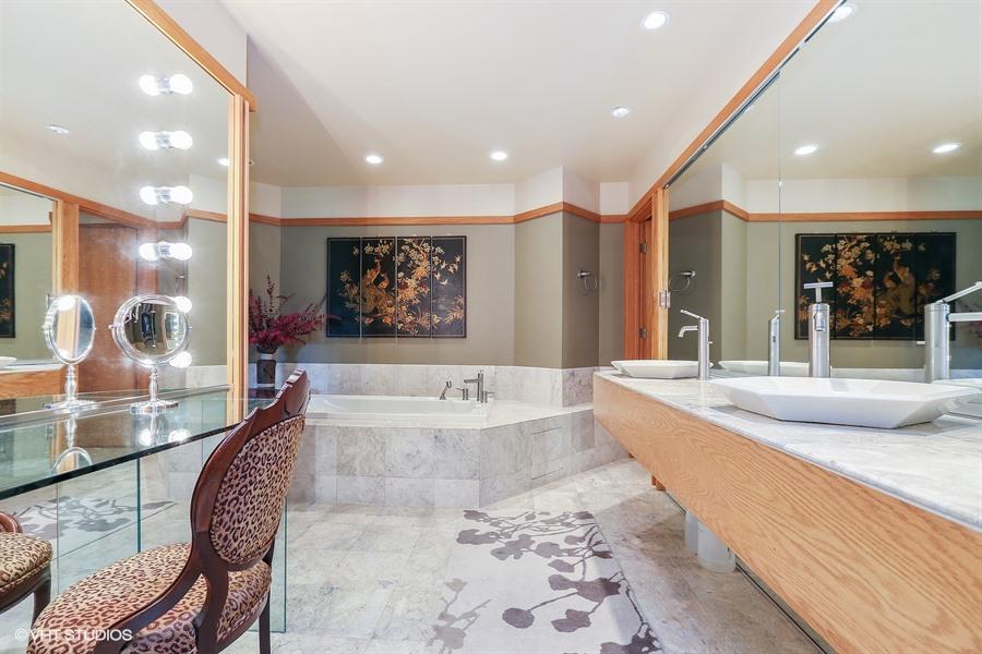 Master Bath - 205 Frances Lane, Barrington, IL