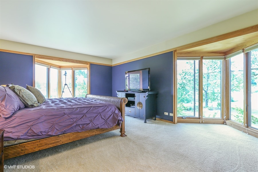 Master Bedroom - 205 Frances Lane, Barrington, IL