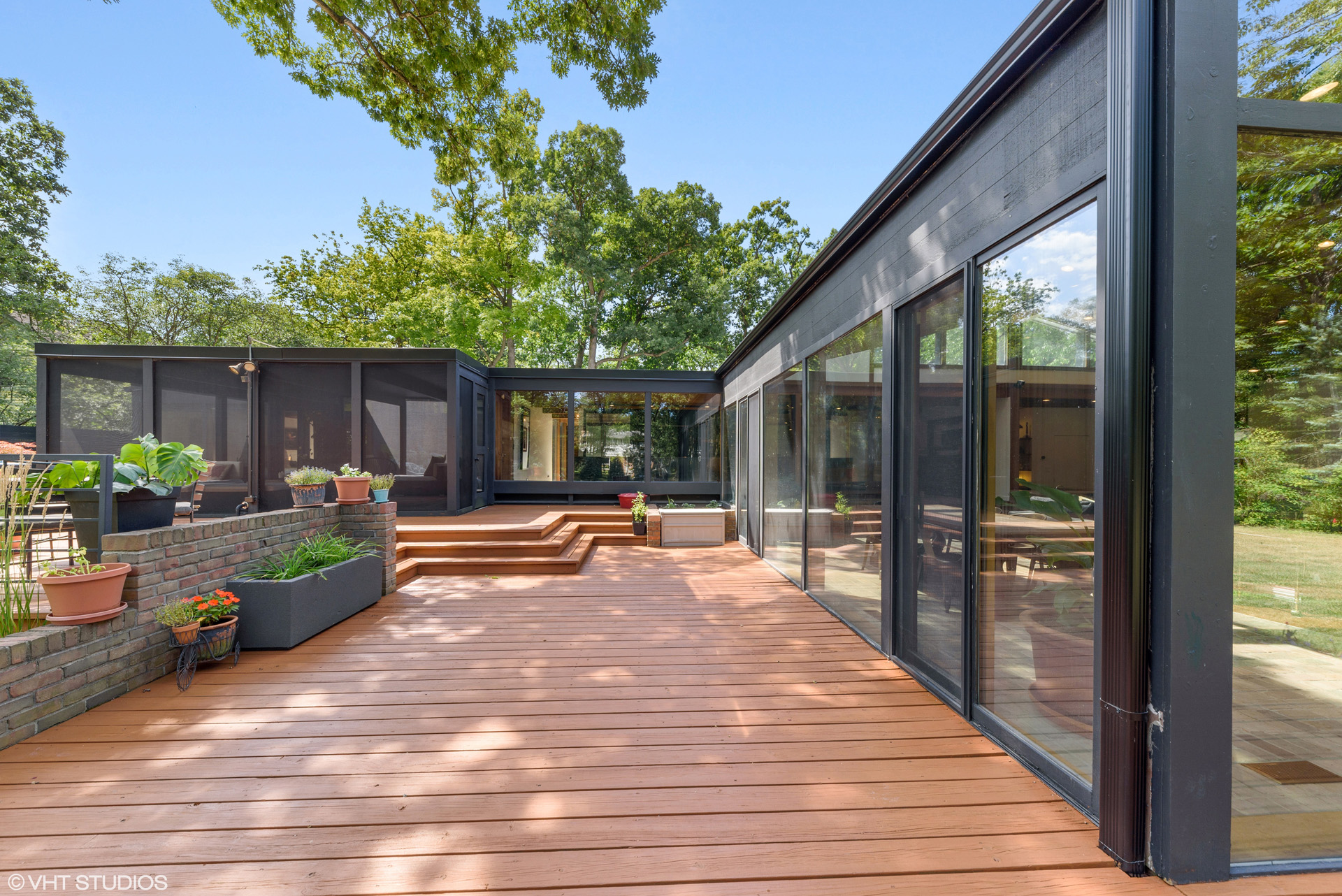 1463 Northwoods Road - Deerfield - Exclusively represented by Lou Zucaro of Baird & Warner and Modern Illinois. Contact me at 312.907.4085 or send an email to lou@modernil.com to arrange for a private showing.