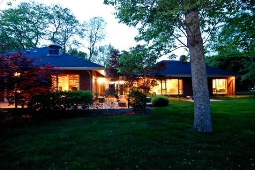 Gone Bertrand Goldberg Designed Ranch In Flossmoor