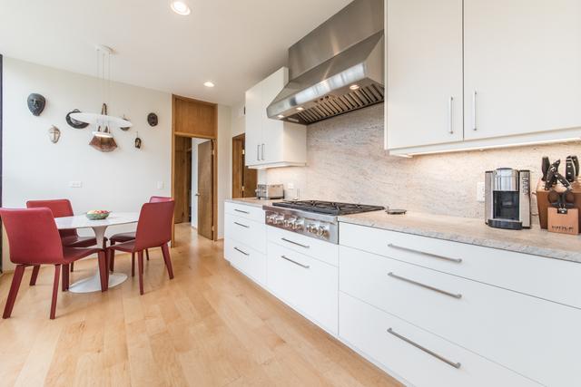 bauhaus modern illinois. Black Bedroom Furniture Sets. Home Design Ideas