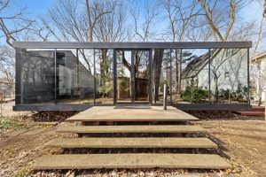 An Amazing Glass and Steel Home in Downers Grove