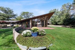Long, Usonian Style MCM Ranch in Inverness by Don Erickson