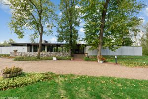 An Incredible Architect-Owned Modern Home in Bannockburn